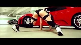 Сексуальный тверк от горячой девушки с упругой попой SEXY Twerk