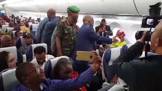 Rais Magufuli alivyoshtukiza kwenye Dreamliner kwenda Mwanza leo
