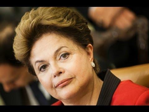 Dilma Rousseff condenó insultos racistas contra jugador Tinga