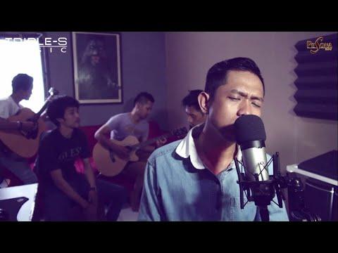 Pesona Band - Aku Yang Terluka - Pesona Band ( Live Acoustic )