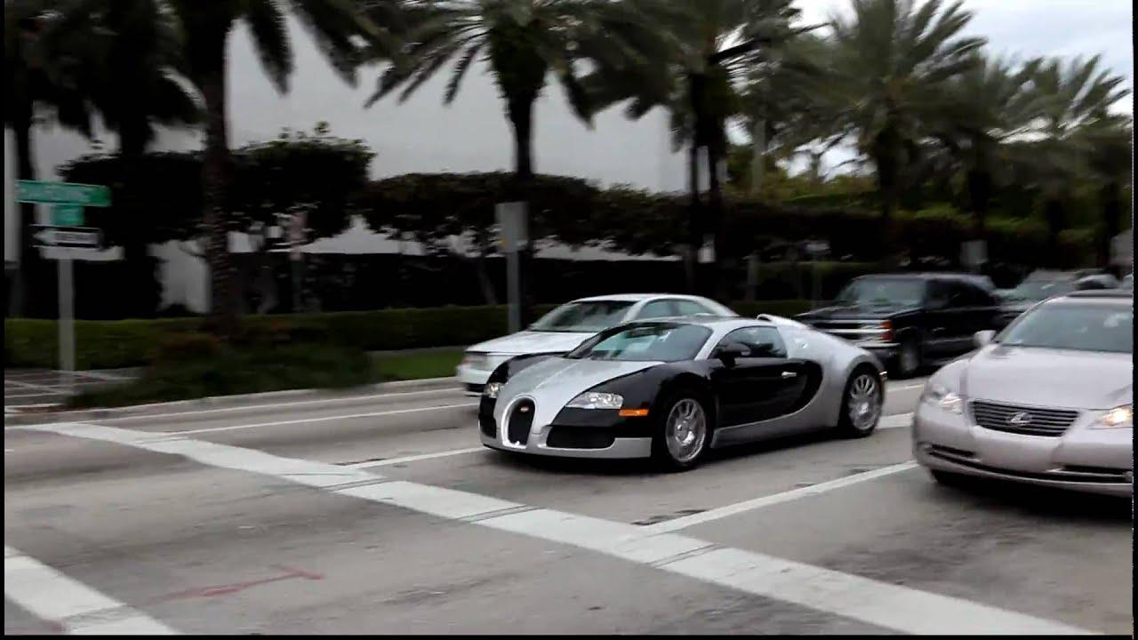 Bugatti Veyron launch + accelerate - YouTube