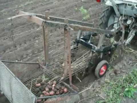Картофелекопалка для МТЗ 132н,152,112н - YouTube