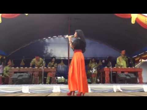 Perform Ratu Sikumbang @Ujung Batu RIAU Cinto Babagi duo