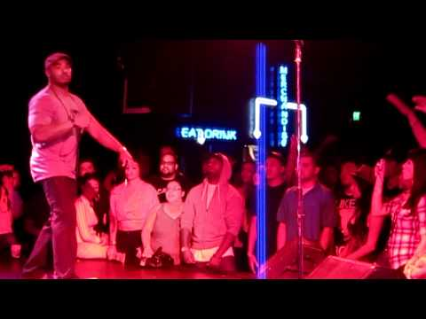 BISHOP LAMONT - HALLELUJAH (LIVE)