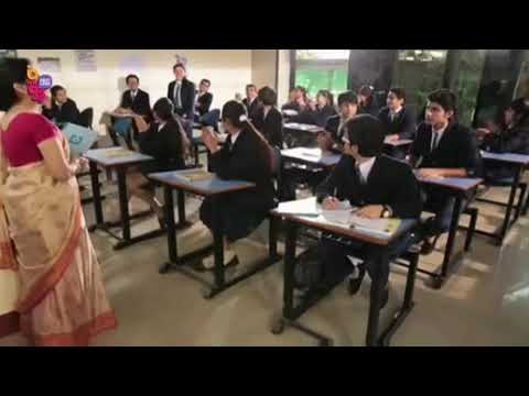 Naino ki jo baat naina jaane (cute love song in college)