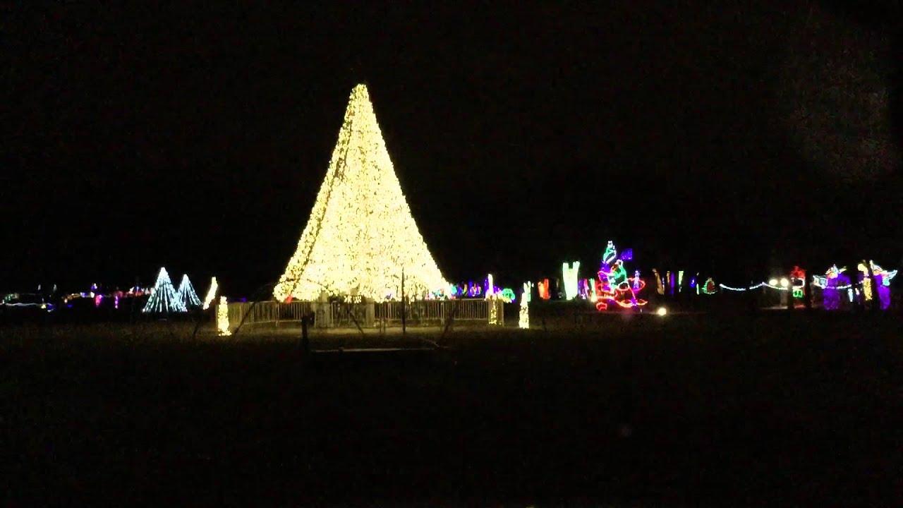 Christmas in the Park 2015: Yukon, Oklahoma Part 2 - YouTube