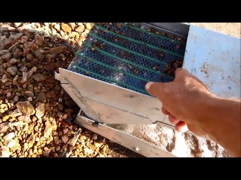 Alluvial Gold Prospecting - How to get the most Gold from a Dry Creek Bed Part 2