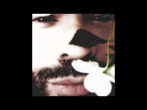 Gabo Ferro - Canciones que un hombre no deberia cantar (2005) - Disco Completo