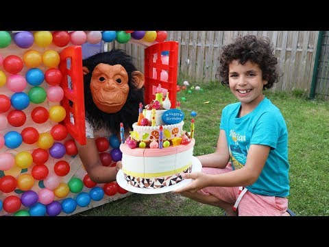Adel and sami prepares surprised birthday with elf , funny kids video