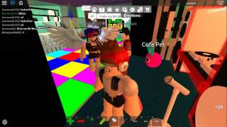 Cry Baby Song / Melanie Martinez (Roblox Musikvideo)