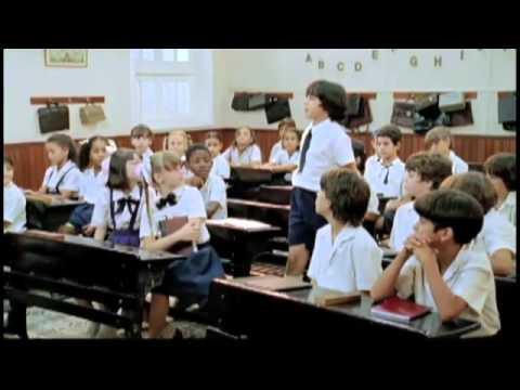 Trailer do filme Uma Professora Muito Maluquinha