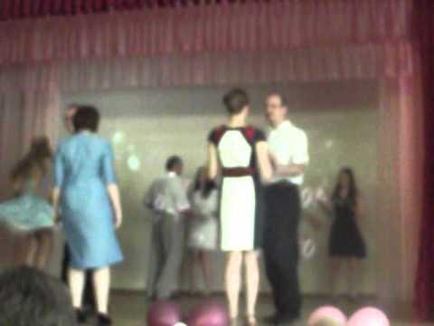танец пап и дочек на выпускном