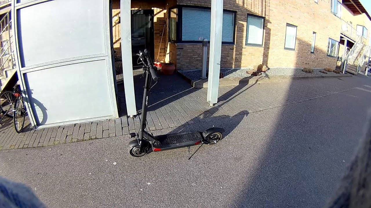 JOYOR Y10 electric scooter – a 7 9 km  drive on a windy day