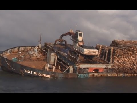 McKeil Marine - The salvage of a log barge