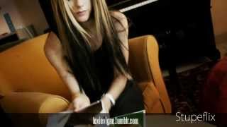 Avril Lavigne - Slipped Away [Piano Instrumental]