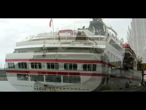 Hanseatic Cruise Ship In Keelung Port.wmv