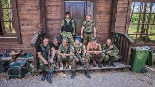 """Интербригада """"Пятнашка"""" об украинских фашистах: В него стреляешь - он не падает..."""