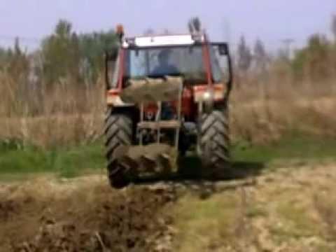 FIAT 80-66 plowing