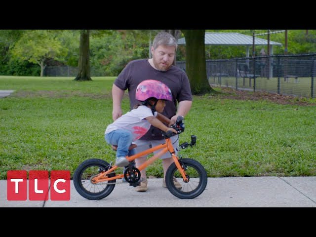 Will and Zoey Practice Bike Riding | The Little Couple