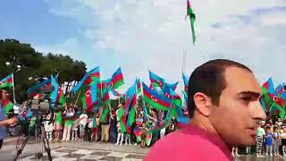 Бакинцы и гости азербайджанской столицы вместе cпели гимн Азербайджана