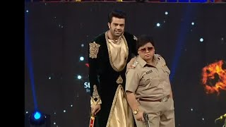 Bharti Singh as Singham | Big Star Entertainment Awards 2018 | Manish Paul & Bharti Best Comedy