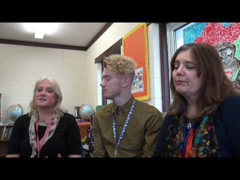 Teaching Assistants from North Somercotes Primary School discuss the Mobilise Project