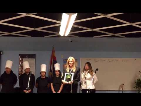 StarShine Academy first Ambassador of the Year Awardee: Phoenix Matchmaker Roseann Higgins