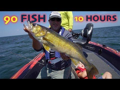 Walleye Fishing FRENZY On Mille Lacs