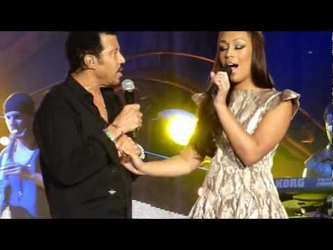Lionel Richie And Rebecca Ferguson  - Endless Love - Liverpool Echo Arena November 10th 2012