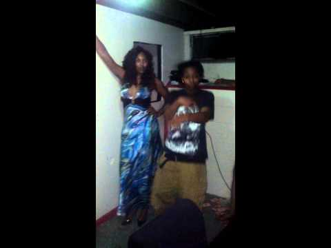 FOREIGN CHICK BEHIND THE SCENE FOOTAGE