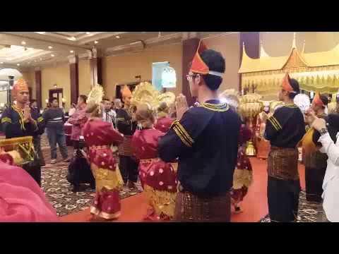 Tari Pasambahan Tradisional Minangkabau HD