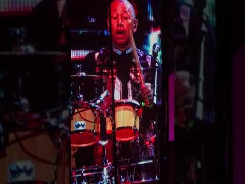 "Classic Ralph Johnson of Earth, Wind & Fire : ""Evil"" Drum Solo"