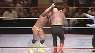 "George ""The Animal"" Steele vs. ""Macho Man"" Ra..."