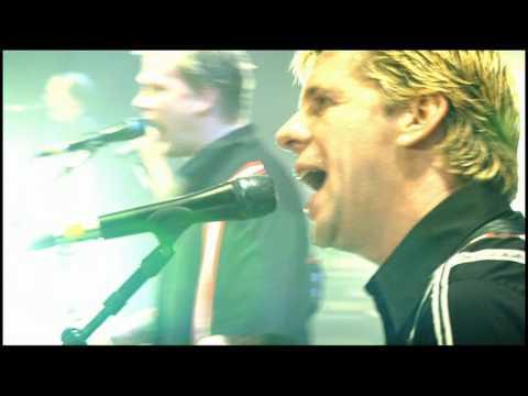 Die Toten Hosen-Heimspiel-03 Du lebst nur einmal