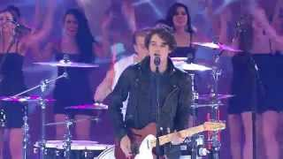 "Miss World 2014 - The Vamps ""Somebody to You"""