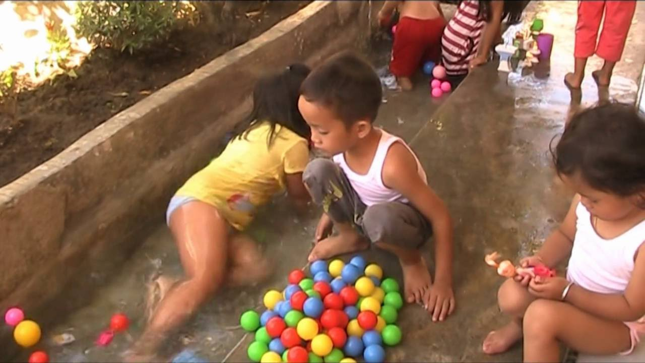 Color CS-Fun water games for Kids [Learn Colors and Bath Balls ...