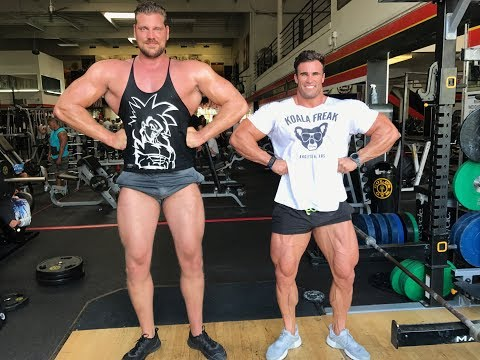 TRAINING WITH AN ACTUAL GIANT! 7'2 MADNESS