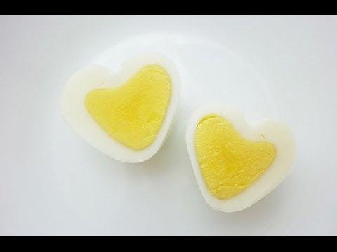 Лайфхак: Как сделать яйцо в форме сердечка