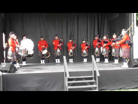Lochanside RCMP Pipes & Drums NCR Teddy Bear Picnic 2014