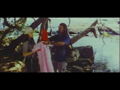 Thanthiran Tamil Movie Songs - Shwetha Menon Romantic Song thumbnail