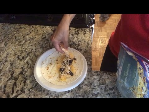 How to make a quick burrito | How to make a turkey burrito