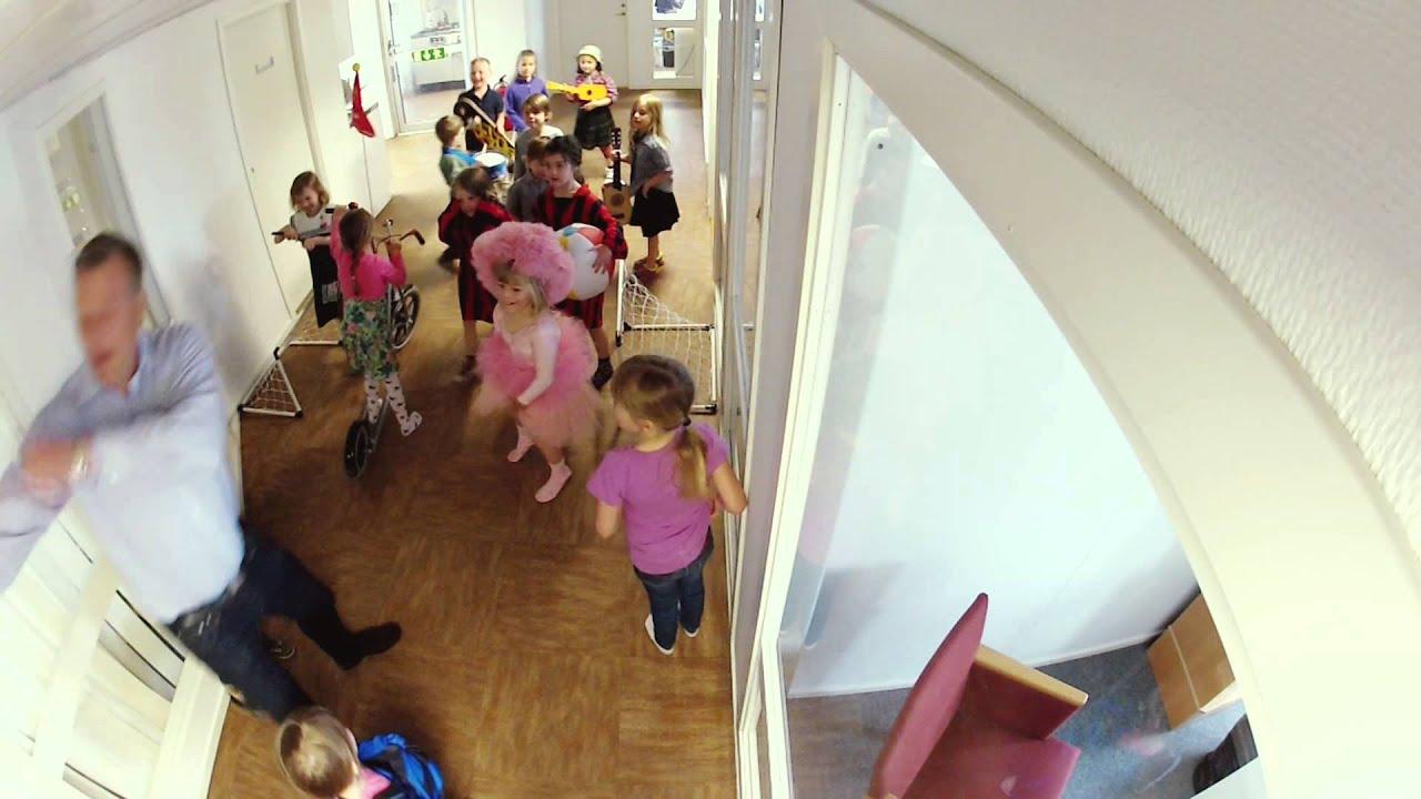 Unicef 68 Swedish Kids Turn An Office Into Chaos Youtube