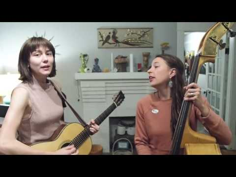 NNS.3 // Molly Tuttle & Lindsay Lou - Operation Ivy (cover) The Crowd