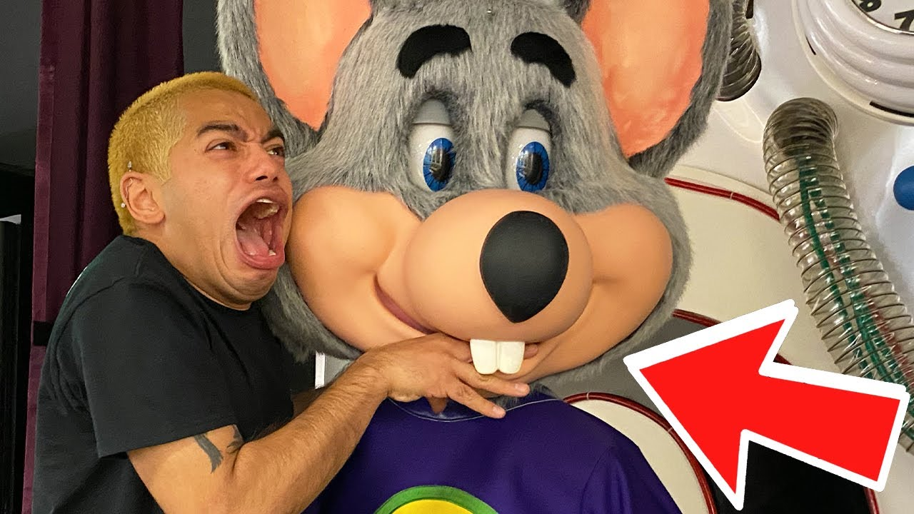 Download ATTACKED BY CHUCK E CHEESE!! 5 KIDS MISSING AT CHUCK E CHEESE ARCADE!?