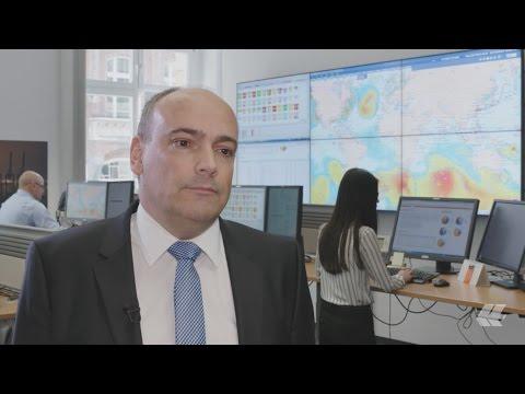 Hapag-Lloyd CEO Rolf Habben Jansen commenting the Q1 figures of 2017 | Hapag-Lloyd