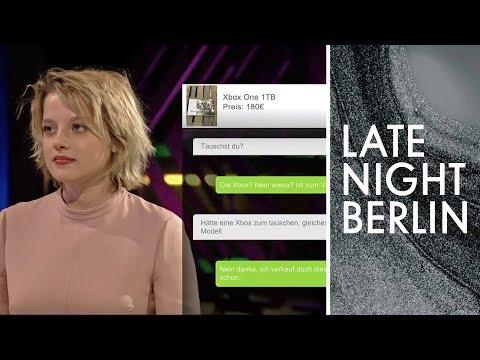 Jella Haase Und Tom Schilling Spielen EBay Kleinanzeigen Karaoke | Late Night Berlin | ProSieben