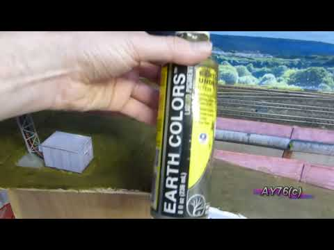 Building A Model Railway – Scenics (Adding the earth scatters)
