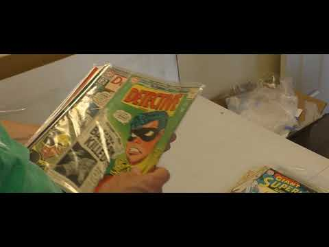 Sell My Comic Books unboxes DC Silver Age comics collection