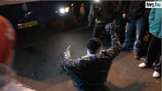 Bohózatba fulladt a taxisok tüntetése