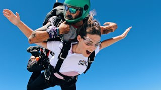 Now United Goes Skydiving in Dubai!!!